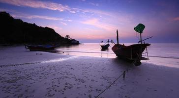 båt på stranden