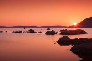 solnedgång på kusten av Porto-Vecchio, Korsika
