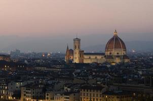 solnedgång av Florens duomo foto