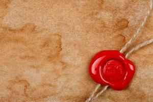 ark gammalt papper med vaxförsegling foto