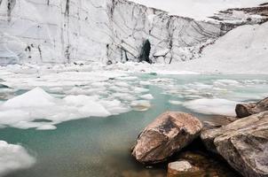 glaciären i Mount Edith Cavell, Jasper National Park (Kanada) foto