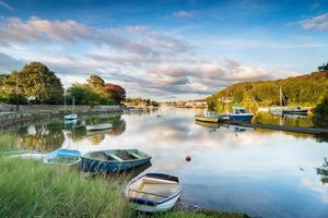 båtar vid Millbrook i Cornwall