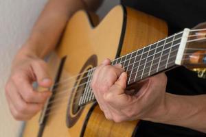 gitarrspelare foto