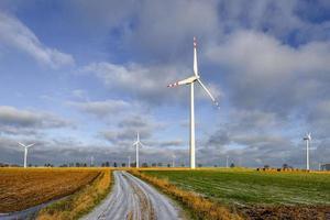vindkraftverk, miljövänlig energiproduktion foto