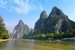 karst berglandskap i Yangshuo Guilin, Kina