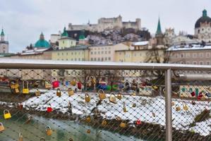 kärlekslås i Salzburg Österrike