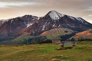 romantisk utsikt över de österrikiska alperna, salzburger land, österrike foto