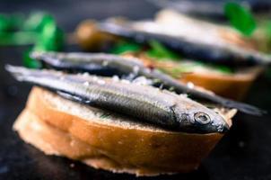 tapas med fisk foto