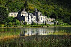 Kylemore Abbey i Connemara, County Galway, Irland.
