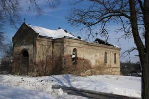 övergiven kyrka