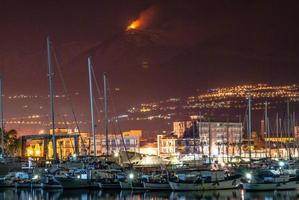 etna - vulkan foto