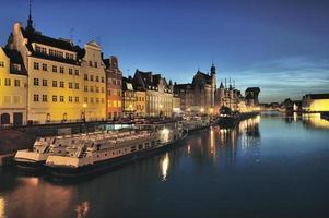 Vistula River i den historiska staden Gdansk, Polen