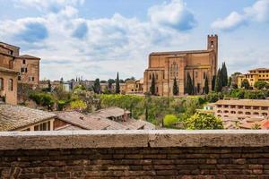Siena stadsbild i södra Toscana, Italien