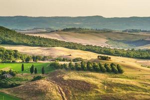 landskap av medeltida målare i Toscana, Italien