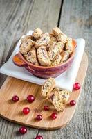 biscotti med torkade tranbär