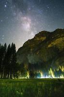 berg under galaxen