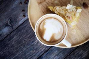 kaffe och efterrätt foto