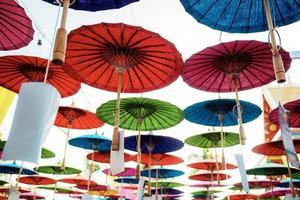 paraplyer på himlen