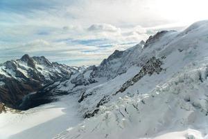 alpina alperna bergslandskap vid jungfraujoch, toppen av Europa Schweiz