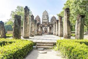 wat si sawai, shukhothai historisk park, thailand foto