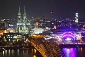 Kölnens silhuett foto