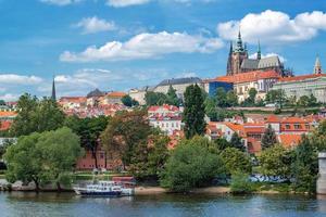 Prag slott och katedralen Saint Vitus