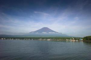 Mount Fuji från Kawaguchiko Lake, Japan foto