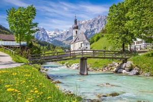 kyrka av Ramsau, nationalpark berchtesgadener land, Bayern, Tyskland foto