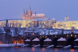 Prag slott på vintern