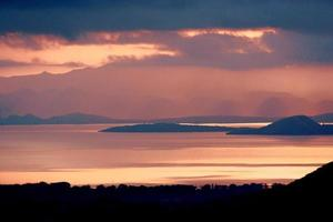 solnedgång i abaya sjön, arba minch, etiopien
