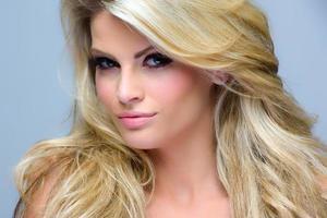 vacker kvinna hf