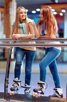vackra tjejer på rollerdrome