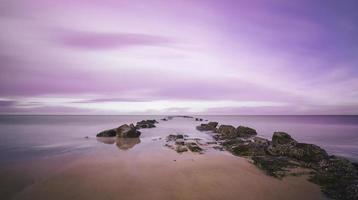 rosa solnedgång vid Nordsjön foto