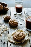 chokladmaräng med gräddost foto