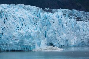 glaciär kalvning foto