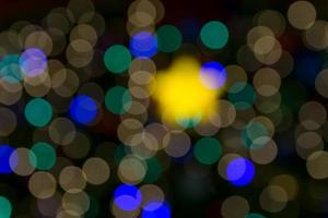 upplysta defokuserade ljus