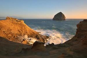 cape kiwanda solnedgång, Stillahavsområdet, Oregon foto
