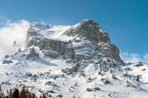 dolomiterna enorm panoramautsikt på vintern foto