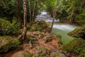Huai Mae Khamin-vattenfallet foto