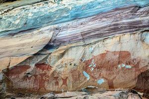 förhistoriska helleristningar vid Pha Taem National Park foto