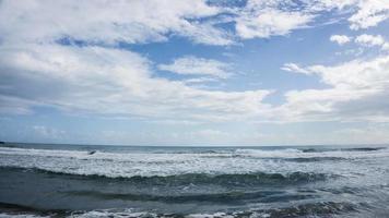 playa cocles beach under dagen foto