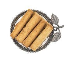 indiskt toast mellanmål på ett silverfat
