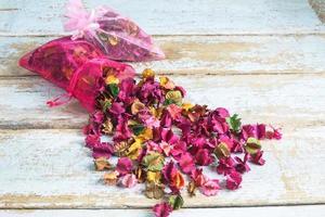 blomma parfym väska foto