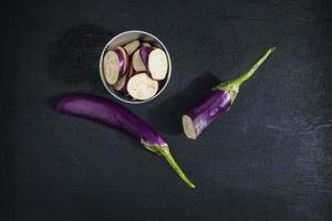 hackad lila aubergine foto