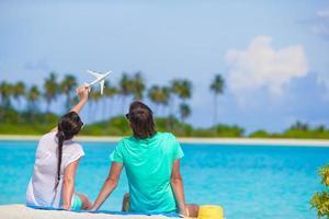 par på den vita stranden foto