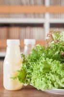 grön sallad med dressing