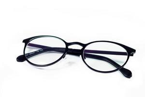 glasögon isolerad på en vit bakgrund foto