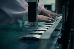 kapselproduktionsprocess i fabrik