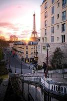 soluppgång i Paris