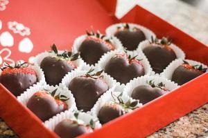 chokladdoppade jordgubbar